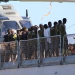 """Migranti, Miccichè: """"Situazione gravissima"""", poi sbotta contro Salvini"""