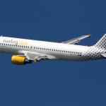 Caos e ritardi a catena per voli Vueling Palermo-Roma, passeggeri inferociti