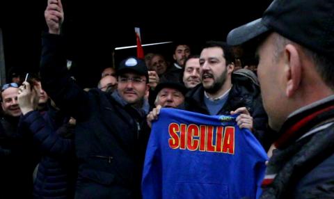 Matteo Salvini a Mineo - foto di Vincenzo Barbagallo
