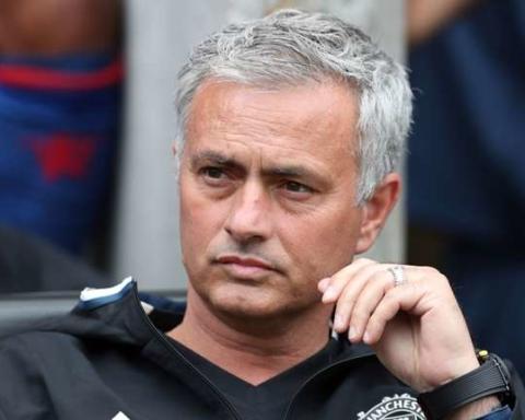 jose-mourinho-manchester-united-20072016_z4rm8xtzl4ey1c7alhijup8ar