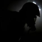 Incendio in casa, l'intervento dei Vigili del Fuoco in presa diretta | GUARDA IL VIDEO