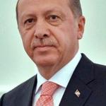 Turchia, Trump si congratula con Erdogan per il referendum tra schede false e contestazioni