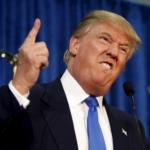 I primi 100 giorni di Trump, muro contro muro con i media