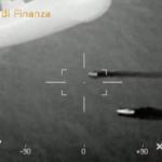 Trapani, fermati due scafisti. Tra contrabbando di sigarette e traffico di migranti | VIDEO